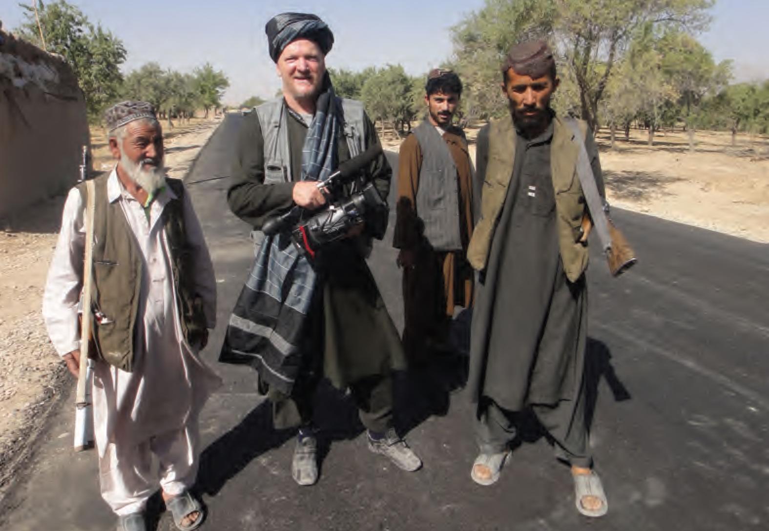 Arnold Karskens op reportage in Afghanistan